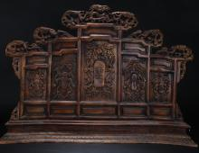 A Massive Chinese Wooden Dragon-decorating Pannel Display