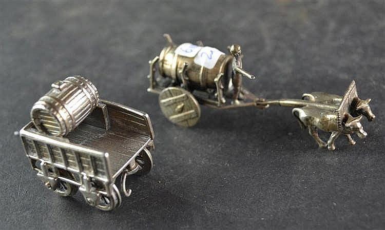 Zilveren miniatuur bierkar