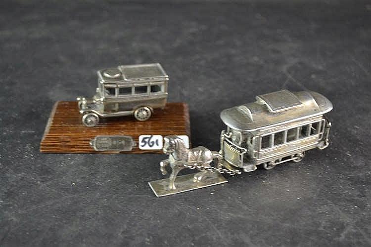 Miniatuur zilveren paardentram