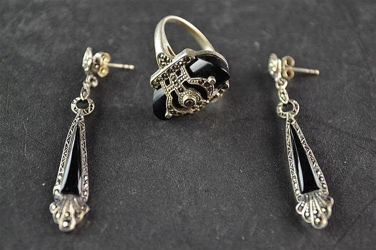 Art Deco ring en oorbellen