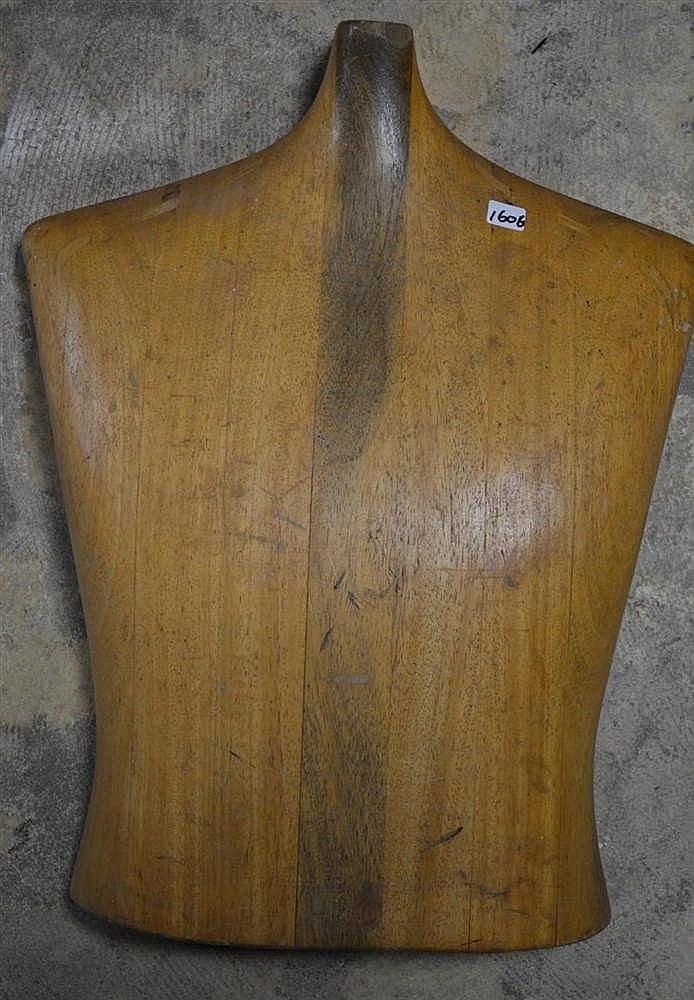 Houten buste