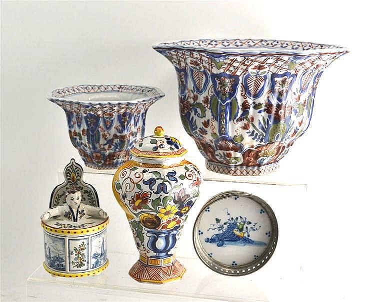 Dating makkum pottery