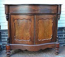 (Furniture) Biedmeier cupboard
