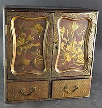 (Asian Antique) Japanse lacquer Cabinet