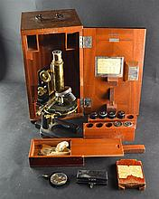 (Instruments) Microscope