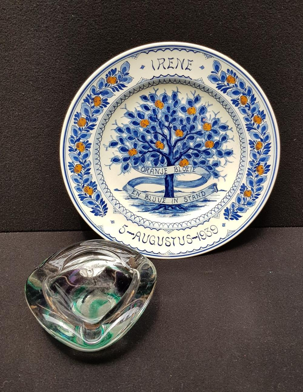 (Curiosities)  Plate Royal family and Verboeket bowl
