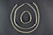 (Jewelry) Stawberry necklace and bracelet