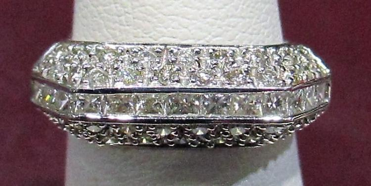 18k WG Ladies Art Deco Ring 1 tcw Diamonds