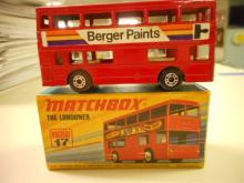 Lesney Matchbox MB17B 1972 THE LONDONER toy car  Red BERGER PAINTS BUS Metallic Brown Base excellent condition with original box