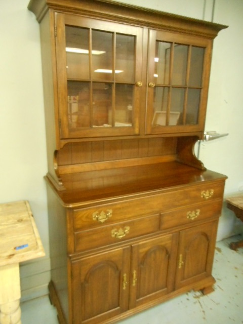 Pennsylvania House Solid Cherry Dining Room Hutch Base Buf