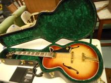 Gibson Herb Ellis ES-165 Electric Guitar Sunburst with gibson case and gibson custom coa included