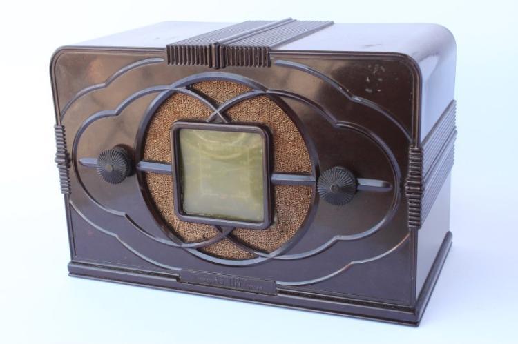 Art deco astor mickey mouse ec radio 1937 38 - Estor mickey mouse ...
