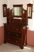 Dressing Table/Chest of Drawers,