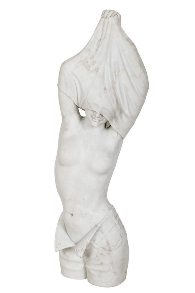 CONTEMPORARY MARBLE BUST OF A WOMAN