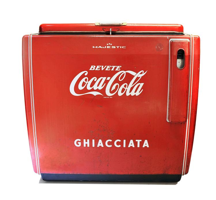 refrigerateur glaciere coca cola a bac vers 1950 60. Black Bedroom Furniture Sets. Home Design Ideas