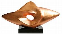 RAPHAEL MARTINEZ-RODRIGUEZ (XXème) Composition abstraite, ca. 1970 Importante sculpture en résine patinée à la feuille d'or rose. Sur socle noir. Cet artiste d'origine Sud-Américaine, établi entre Paris et New-York, a fait partie du cercle d'Andy