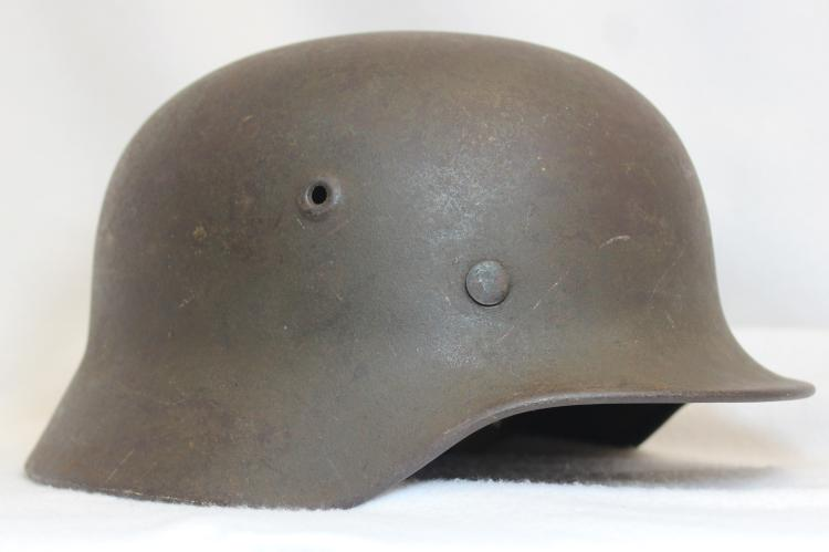 WORLD WAR II NAZI GERMAN MILITARY HELMET XW