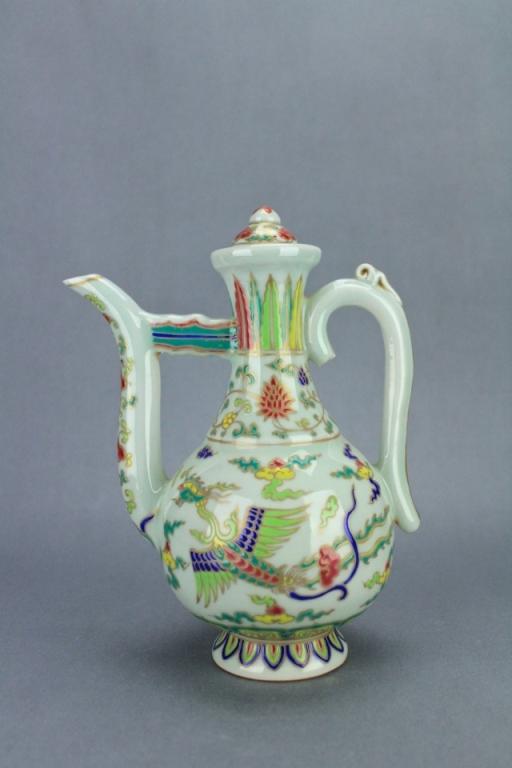 Ming DouCai Phoenix Porcelain TeaPot XuanDe Mark