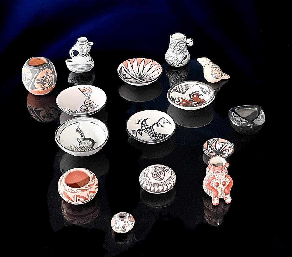 14pc Native American Miniature Pottery Acoma Jemez Santo Domingo Santa Clara Pueblo