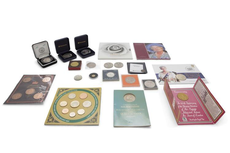 A LARGE COLLECTION OF COMMEMORATIVE COINS AND MEDALLIONS, including: a silver Falkland's coin, commemorative of the Golden Jubilee; an Ancient Roman bronze coin, Constantine the Great in profile; a collection of 1966 ten shilling silver pieces; a sma