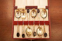 A CASED SET OF SIX SILVER COFFEE SPOONS, Sheffield