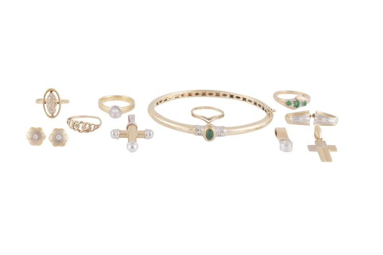 A COLLECTION OF JEWELLERY INCLUDING: - Two 9 carat gold rings, ring size J & L;- A single stone ring mounted in 14 carat gold, set with colourless stone, ring size K;- A  three stone ring mounted in 9 carat gold and set with three green stones, ri