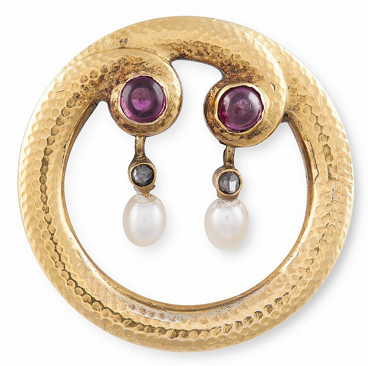 A RUBY, PEARL AND DIAMOND BROOCH, CIRCA 1890Designed as a coiling circle with textured detail, terminating in a juxtaposed pair of collet-set cabochon rubies, each suspending a drop-shaped pearl with rose-cut diamond connector, diameter 2.4cm** Ple