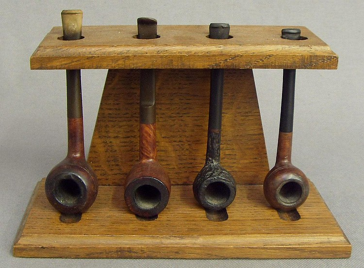 A Tom Cobley extra pipe, a Bewlay dental standard