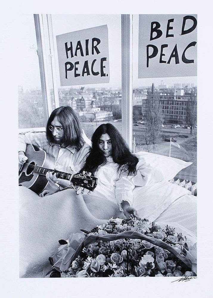 John Lennon And Yoko Ono Amsterdam Bed In 1969