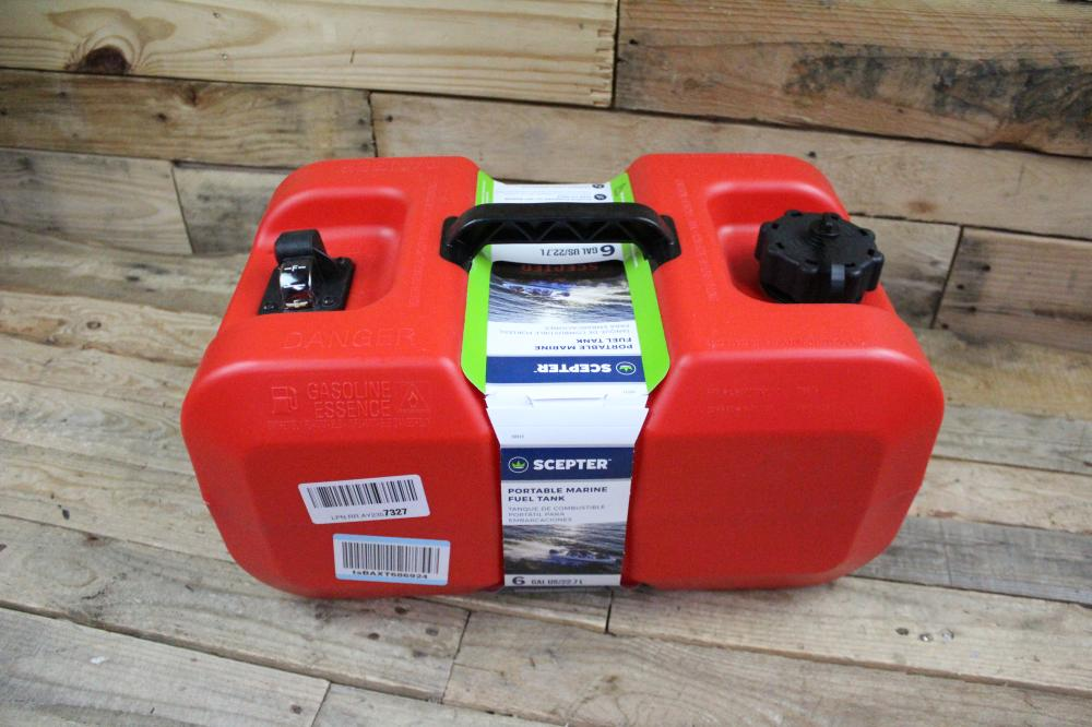 SCEPTER PORTABLE MARINE FUEL TANK 6 GALLONS