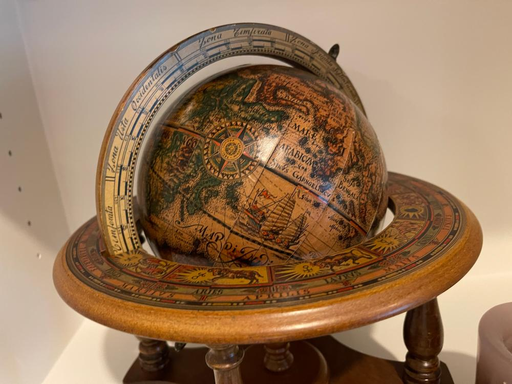 ITALIAN MADE DISPLAY GLOBE AND EMBOSSED CANDLE