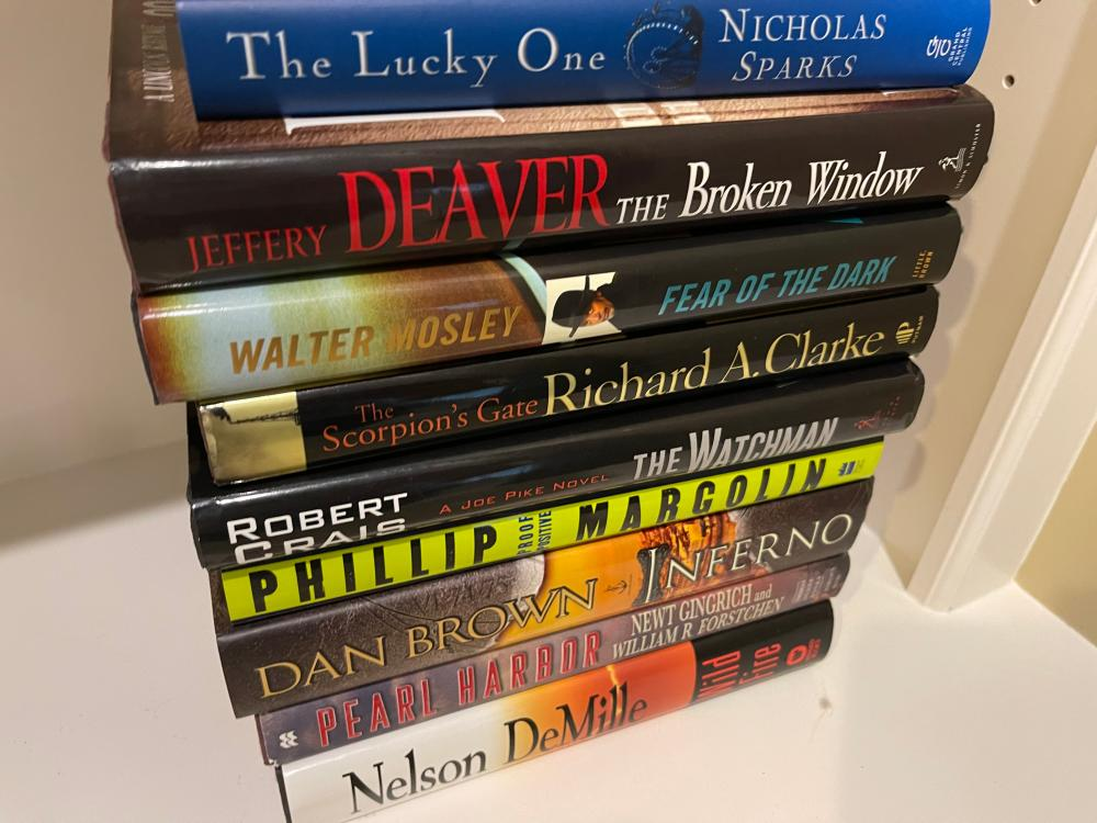LOT OF HARDCOVER BOOKS