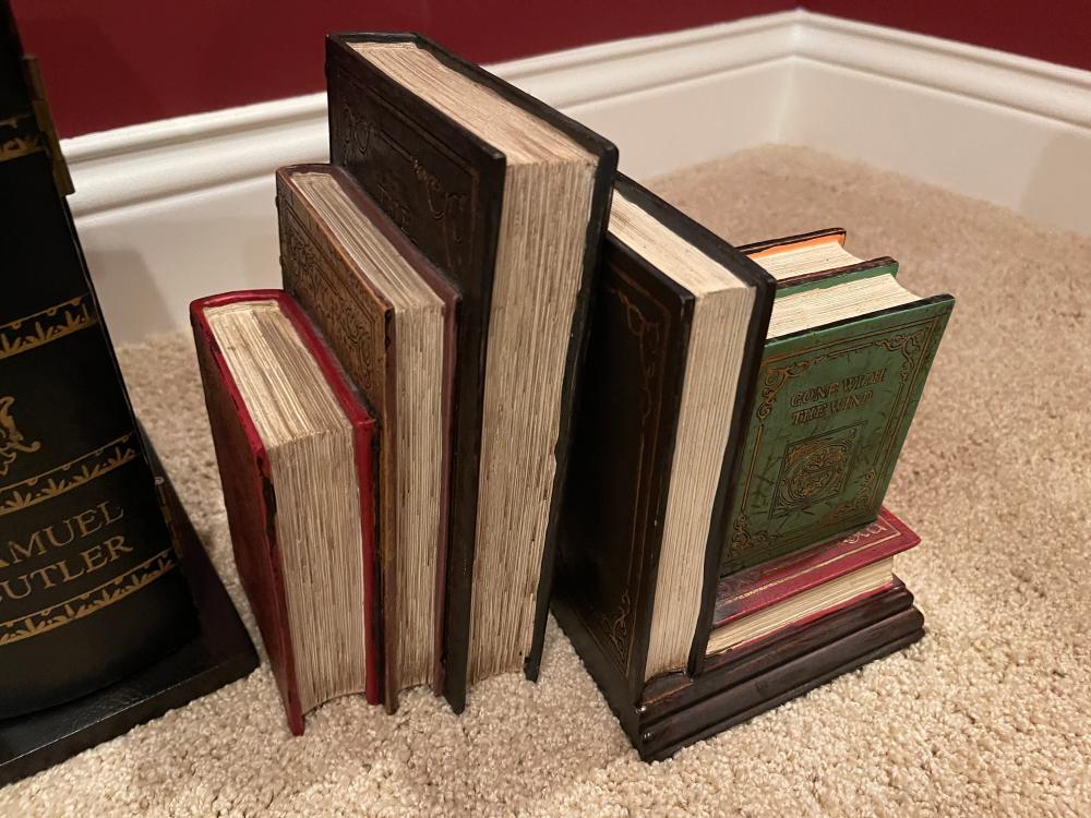 FAUX BOOK CD HOLDER AND 2 BOOKENDS