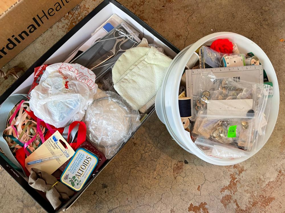LOT OF SEWING ITEMS AND BUTTONS