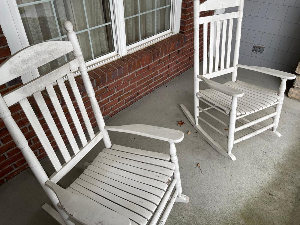 PAIR WHITE ROCKING CHAIRS PAINT CHIPPING