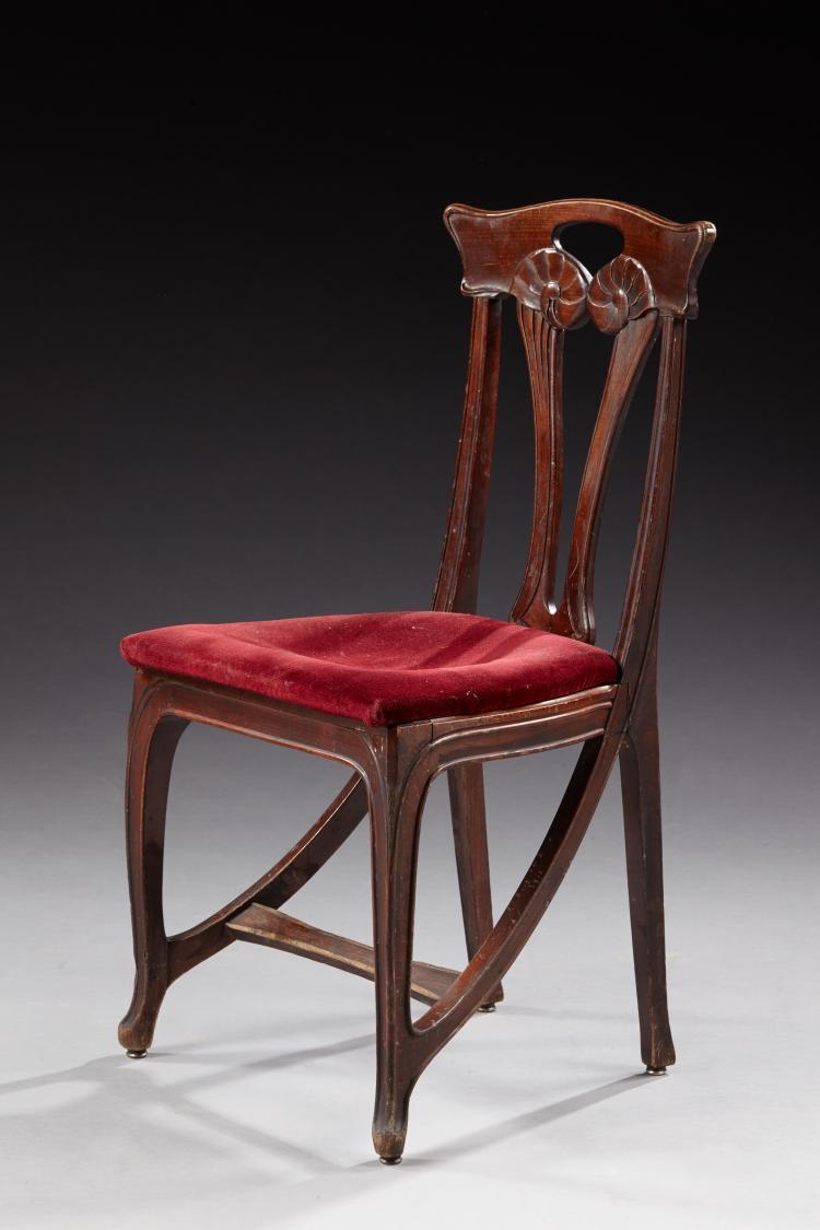 Eugene gaillard 1862 1932 chaise en h tre teint dossier - Chaise velours rouge ...