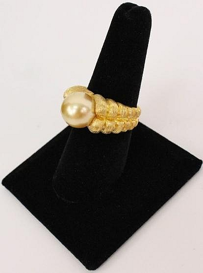 18k Yellow Gold Designer Ring by Henry Dunay