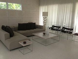 Ligne roset opium sectional sofa with cover for Salon ligne roset