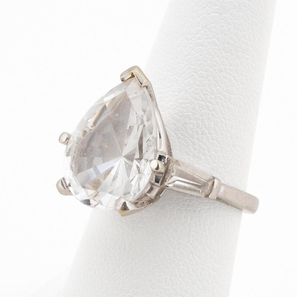 14K WHITE GOLD & 10 CARAT CLEAR SPINEL RING
