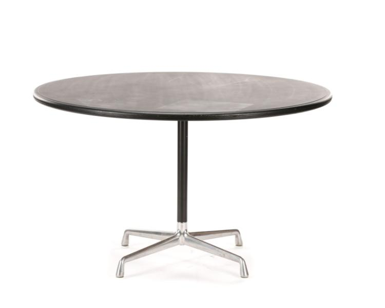 Eames Round Black Dining Table for Herman Miller : H5512 L109984408 from www.invaluable.co.uk size 750 x 600 jpeg 15kB