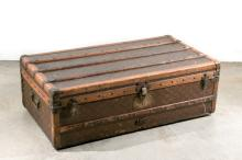Aux Etats Unis Early 20th C. French Steamer Trunk