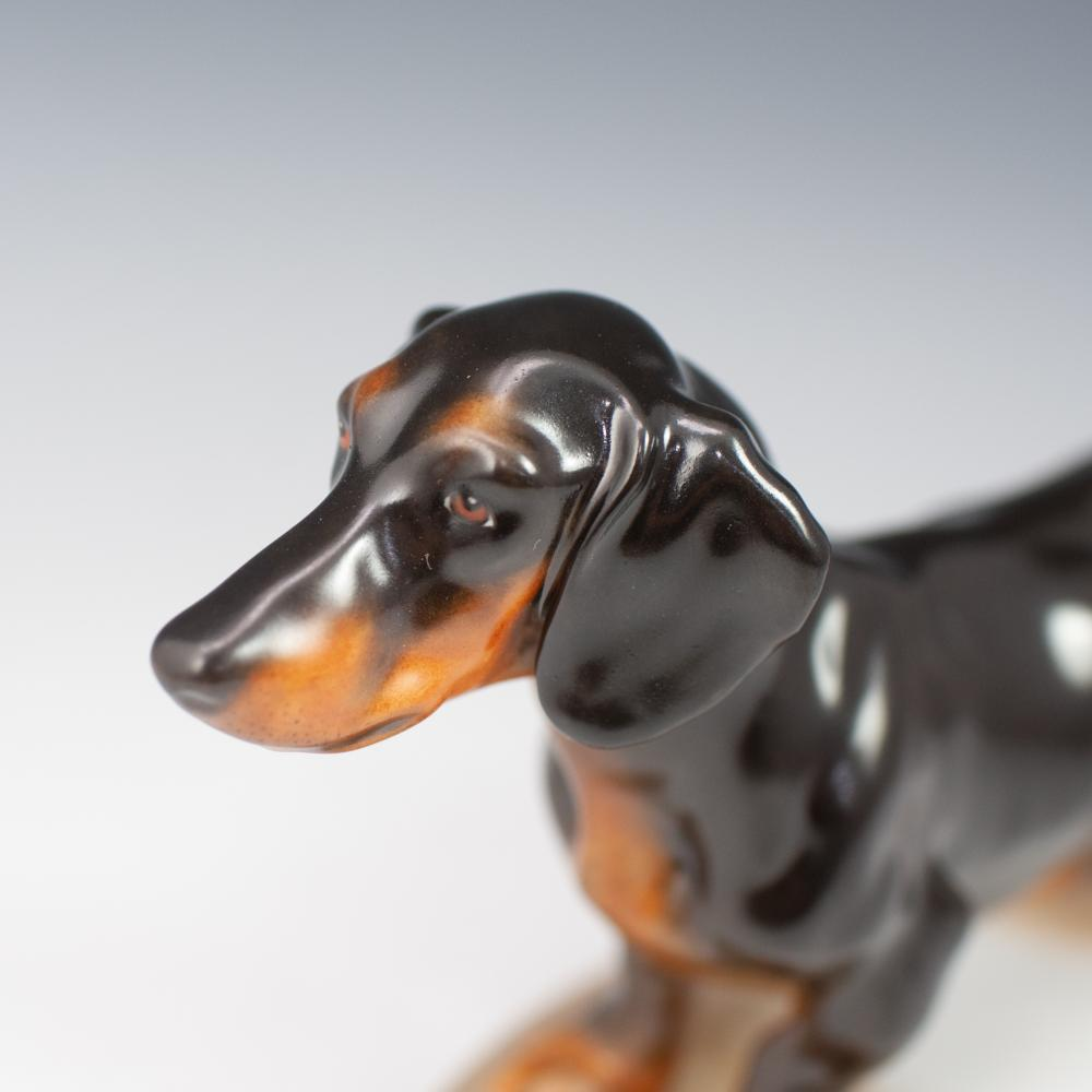 Herend Porcelain Dachshund Dog Figurine