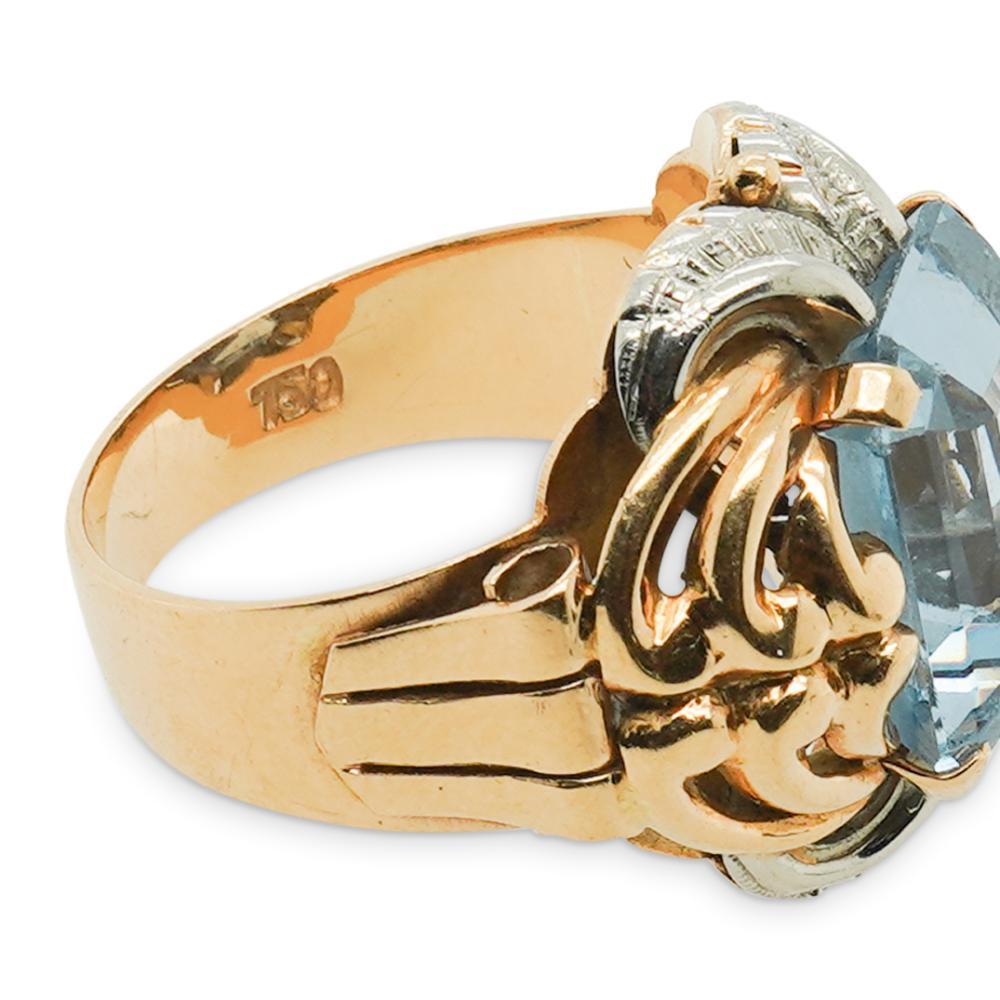 18k Gold and Aquamarine Ring