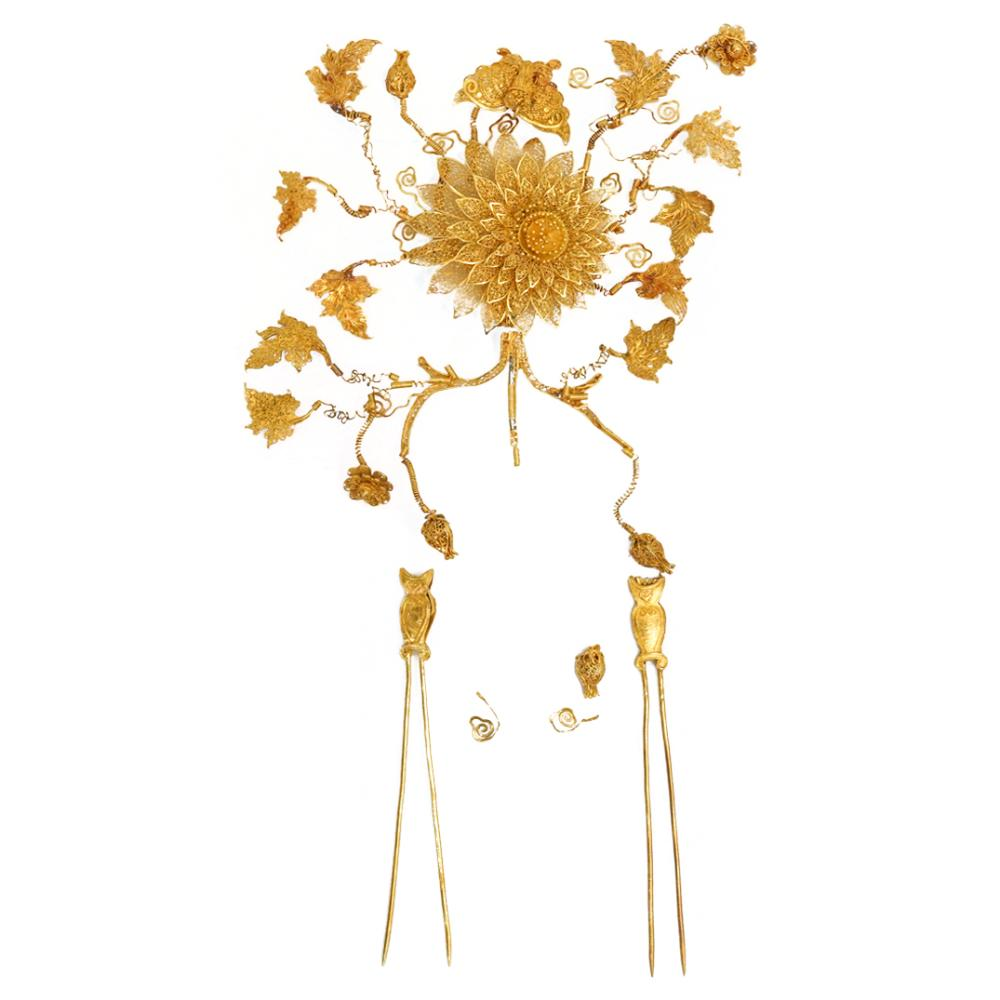 19th Cent. Chinese Gold Hairpiece with Original Box