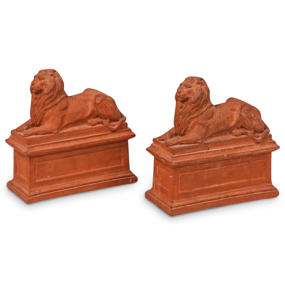 (2 Pc) Italian Terracotta Reclining Lyon Bookends