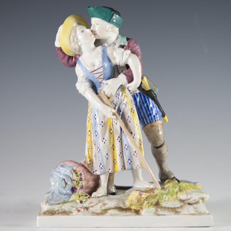 Strasbourg Hannong Faience Figurine