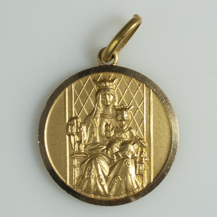 18kt Gold Religious Pendant