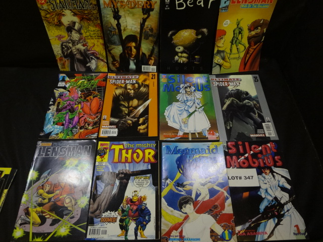 Thirty two comics, various titles, all Fine to Very Fine