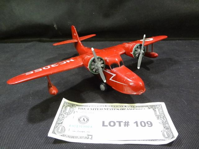 Die cast Ertl Texaco amphibeous airplane bank, 12
