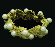 Buccellati 18K Yellow Gold Pearl Leaf Motif Bracelet